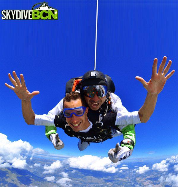 Skydive BCN - Saltamos - U-Vals UVic